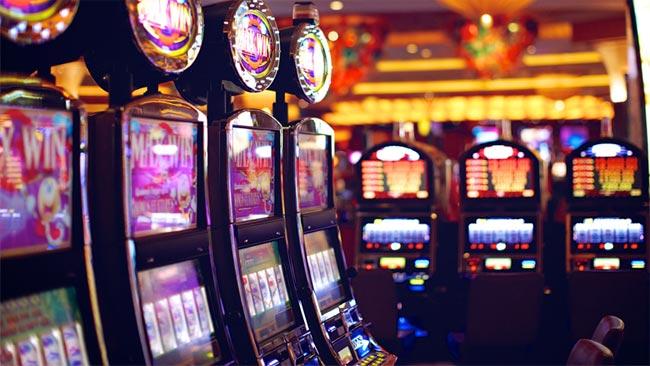 Бесплатно играть казино автоматы новые играть игровые автоматы бесплатно слотин
