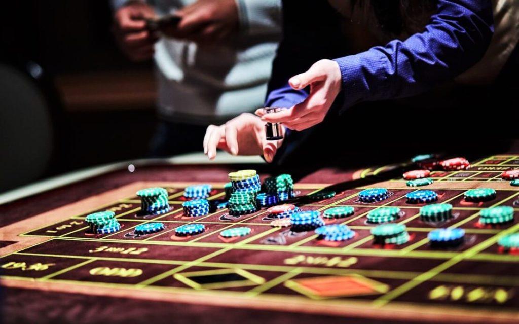 Бездепозитный бонус казино 50